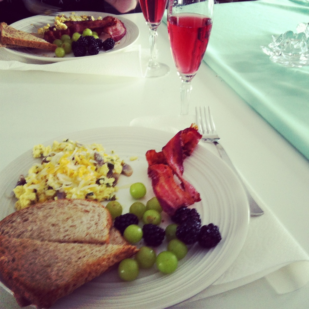 classic breakfast. plus champagne & raspberry juice!